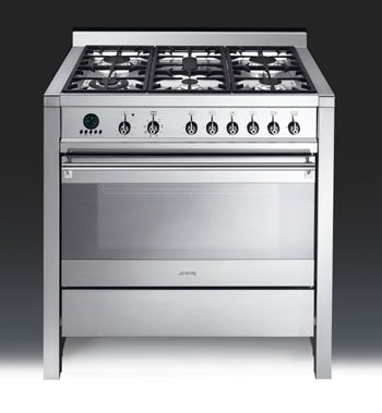 The A1 range cooker from Smeg