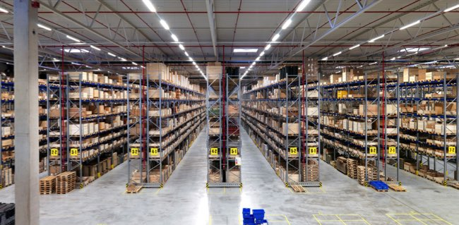 Finding a part in a spare parts warehouse isn't as easy as people think